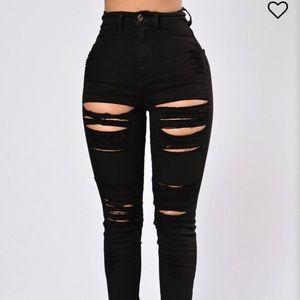Roll out jeans size 5 - Fashion Nova
